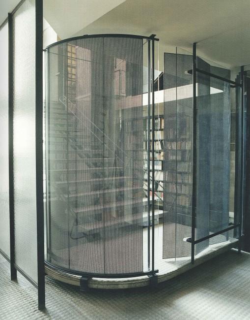 maison de verre house of glass paris the perfect bath. Black Bedroom Furniture Sets. Home Design Ideas
