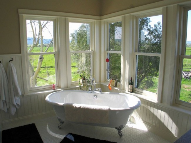 Inspiration: Baths with a View | The Perfect Bath